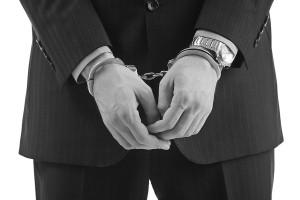 handcuff prisioner